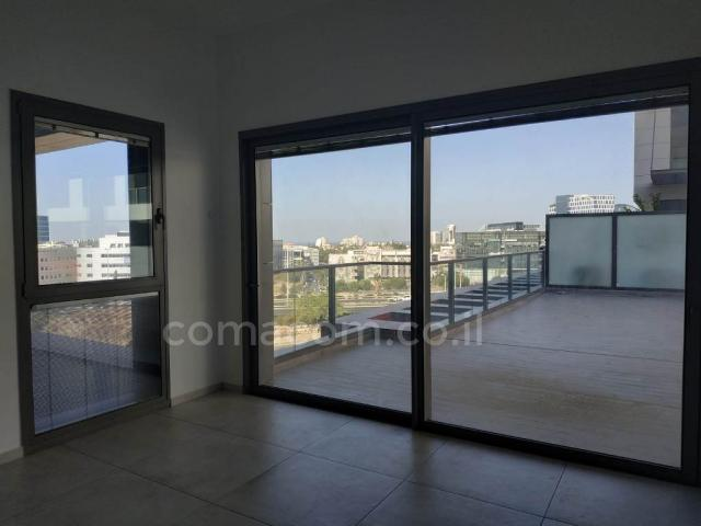 For sale Apartment Herzliya