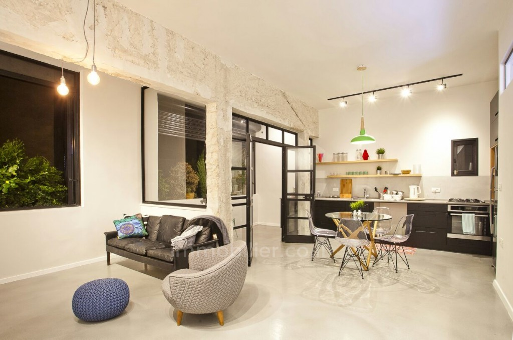 Apartment 3 Rooms Tel Aviv quarter of the sea 357-IBL-1170
