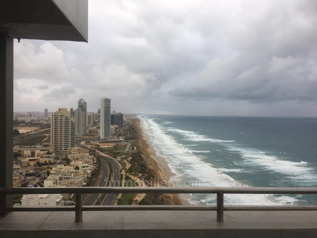 For sale Apartment Netanya